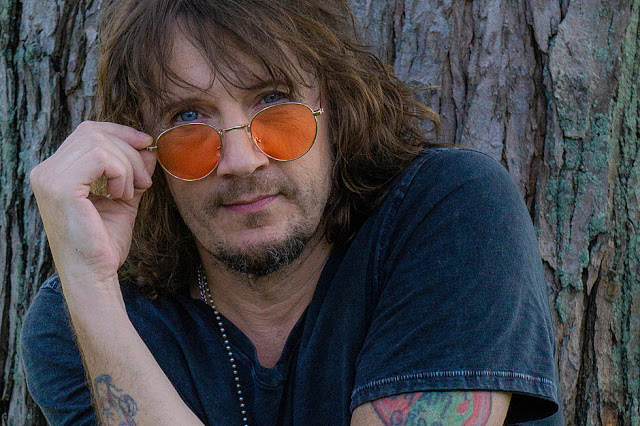 A Conversation with Singer Donnie Vie, Formerly of Enuff Z'nuff